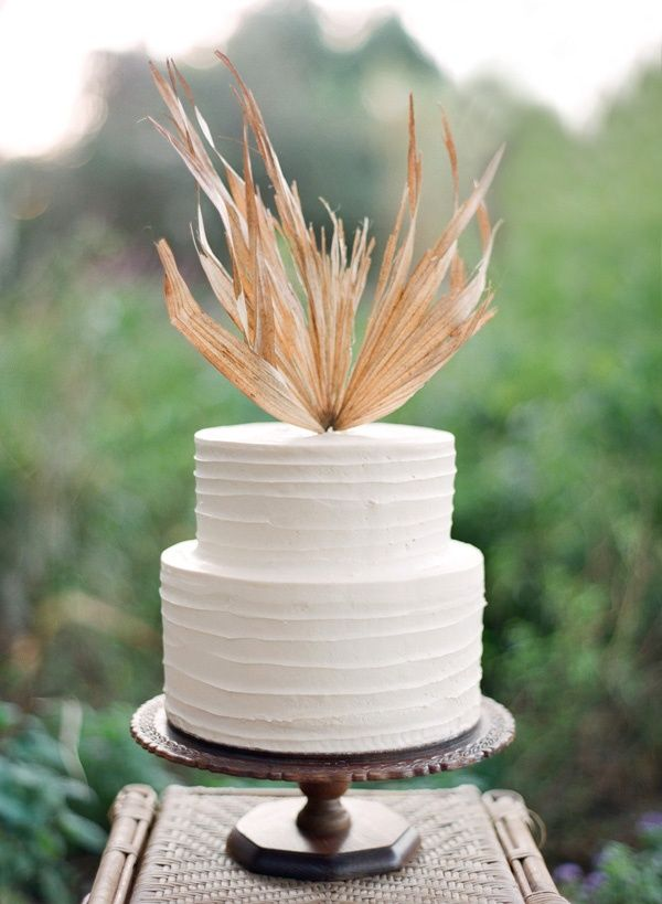 brown wheat wedding cake