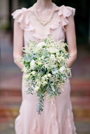 cascading-green-white-bouquet