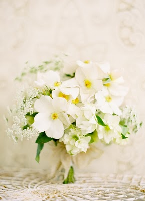 dainty white bouquet