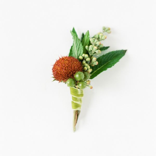 DIY Wedding Boutonniere
