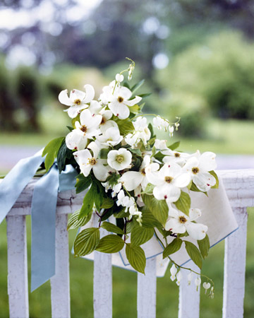 Dogwood Bouquet White