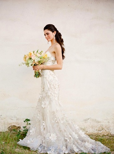 Elegant Flowering Wedding Dress Bouquet