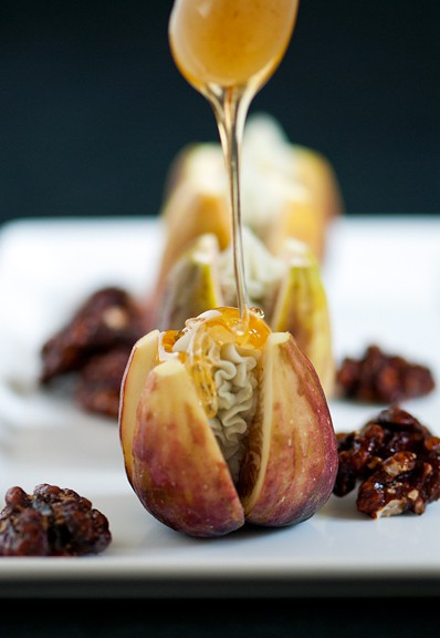 figs with blue cheese and honey recipe