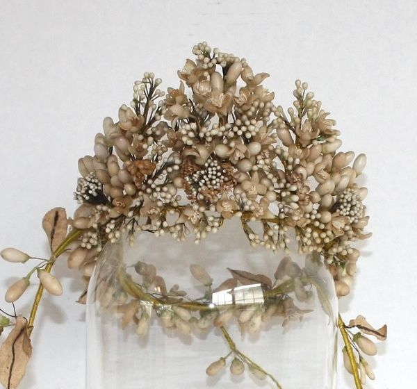 french crowns wedding halo