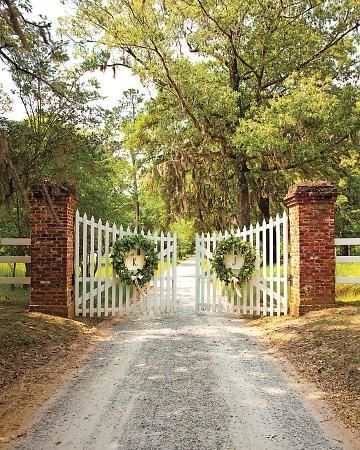 garland wreath brick gate