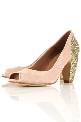 gold heel pink shoes