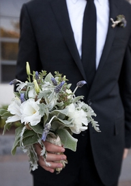 gray-silver-bouquet-groom