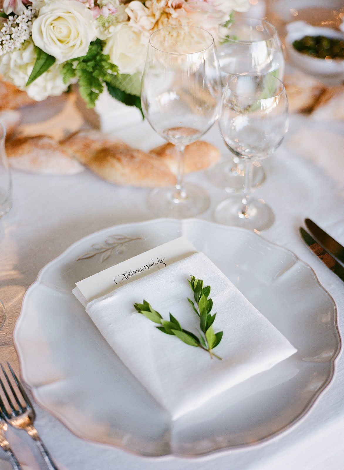 green leaf white linens