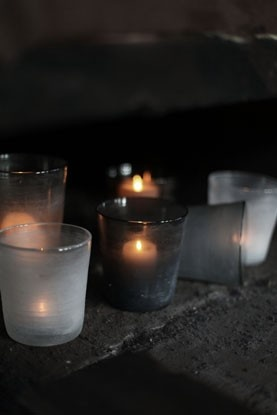 gray black candle votives