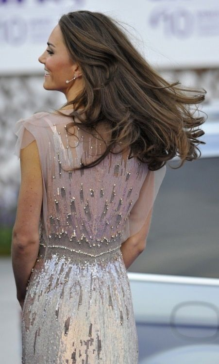 kate middleton pink gray dress
