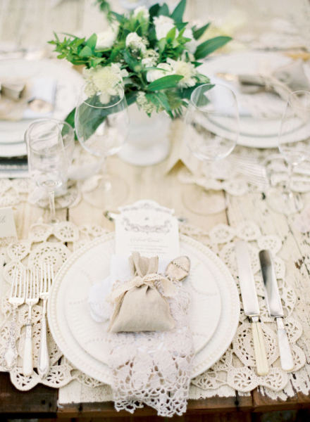 lace doily place setting