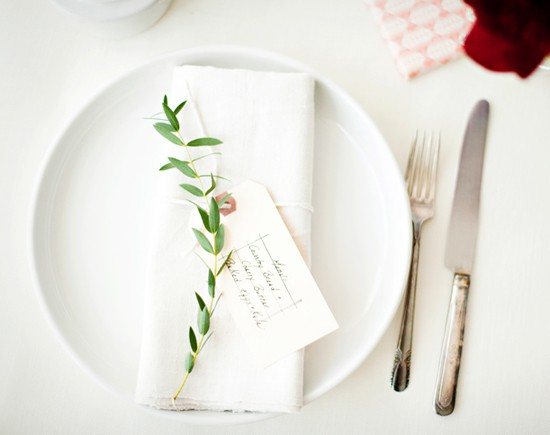 leaf place setting wedding