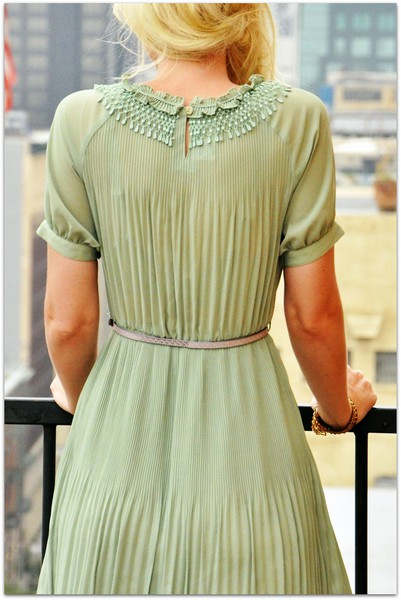 lime-green-bridesmaid-dress