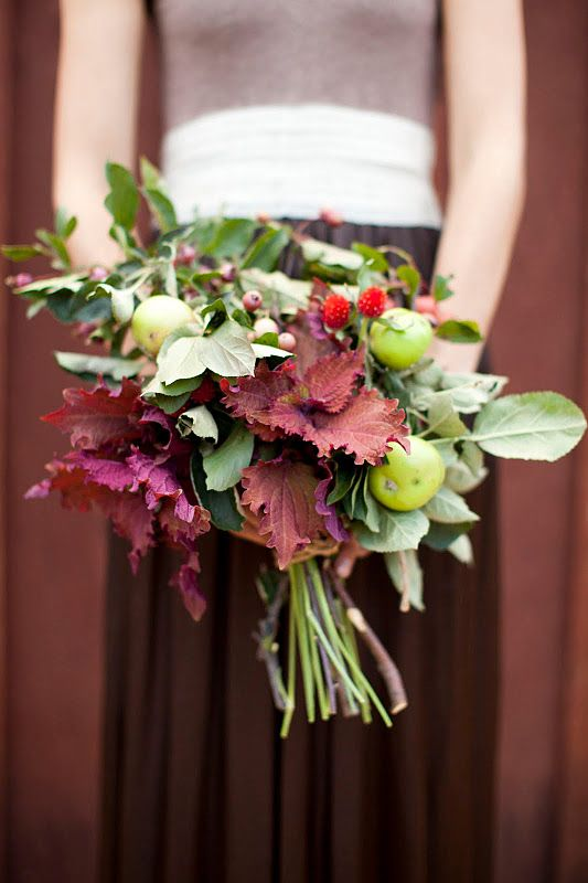 maroon bridesmaid dress bouquet