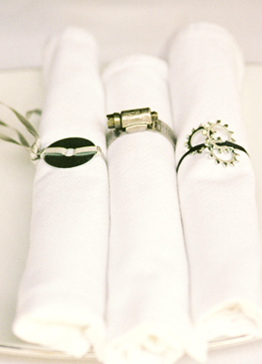 napkin ring table