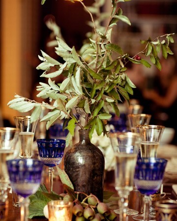 olive branch berry wedding reception centerpiece