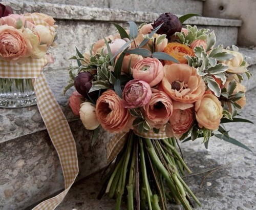 peach gingham ribbon bouquet