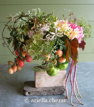 red tomato wedding centerpiece