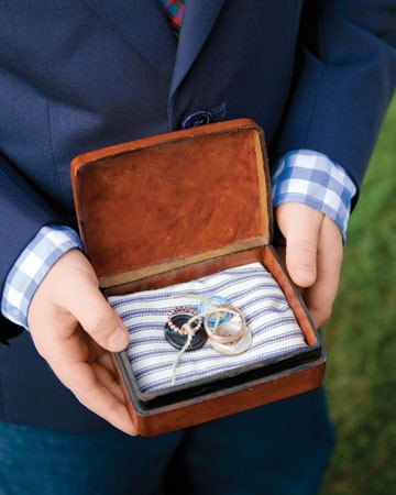 ring bearer rings