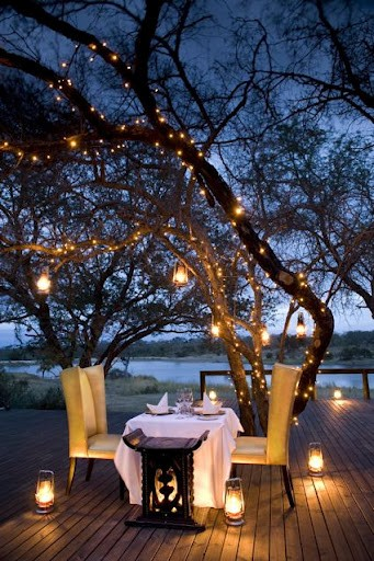 romantic dinner lighting outdoors