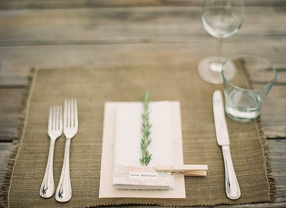 rosemary plate decor wedding
