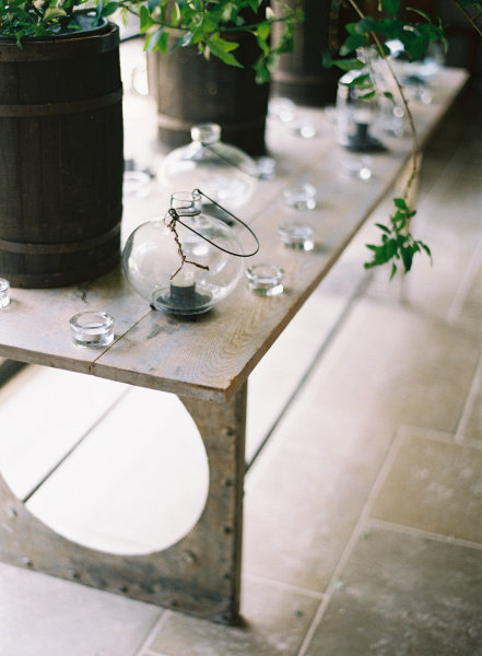 rustic table wedding decor