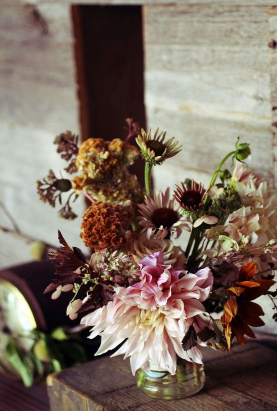 saipua rustic wedding centerpiece