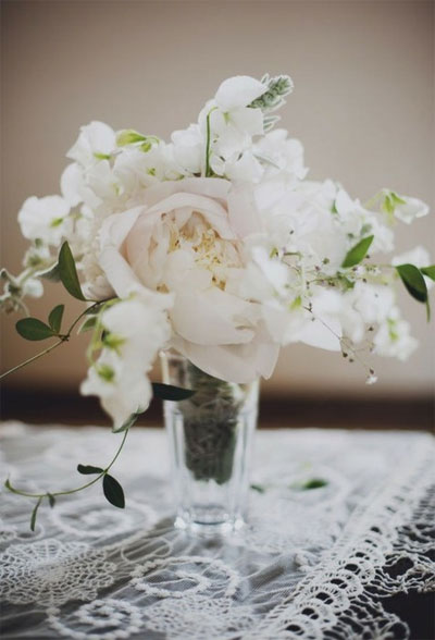 simple elegant white flower centerpiece