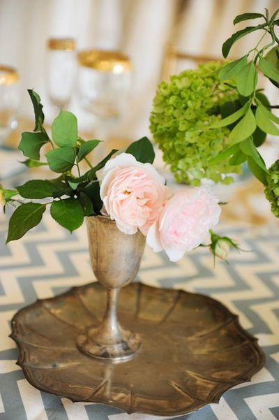 simple pink wedding centerpiece