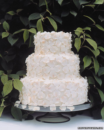 Small white flower wedding cake classic once wed small white flower wedding cake classic mightylinksfo