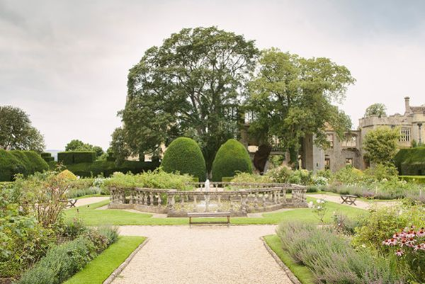 Sudeley Castle Garden Wedding