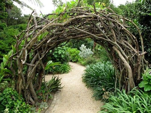 thick twig arch venue