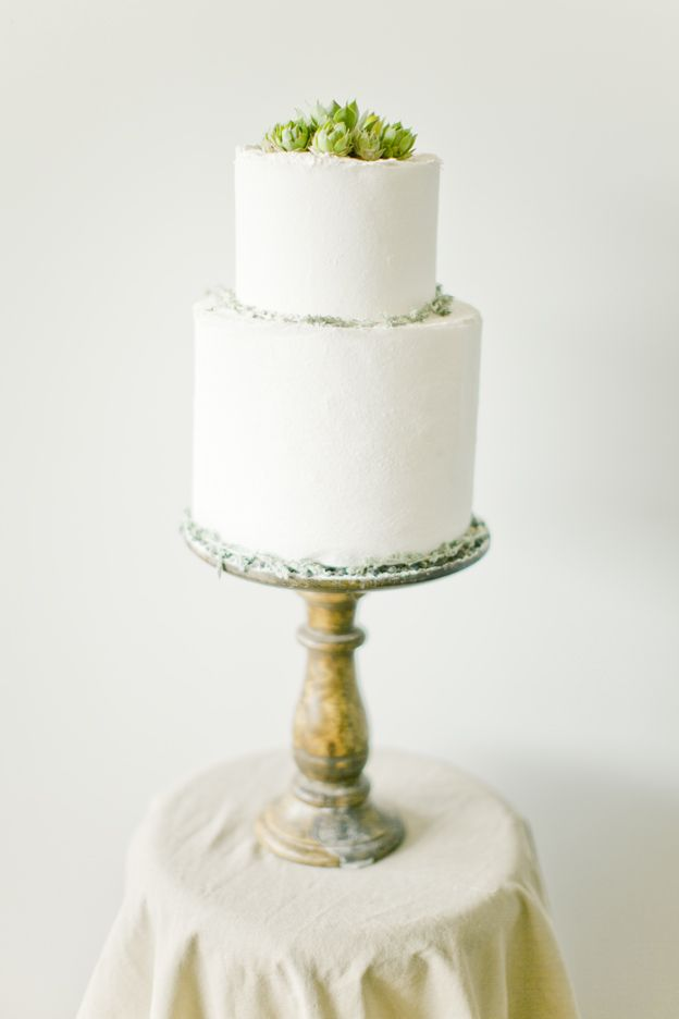 wedding cake naturalist