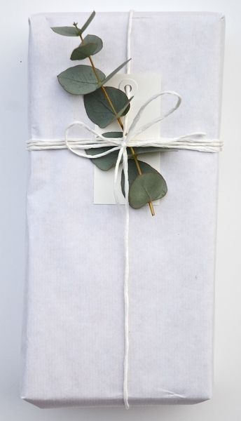 wedding gift leaf