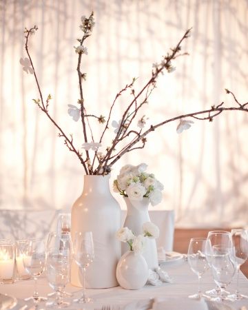 white branch flower centerpiece