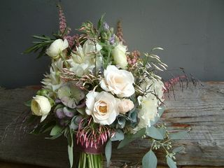 white green purple wedding centerpiece