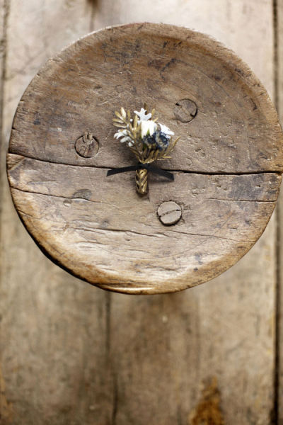 wood gold rustic boutonniere elegant diy how to white
