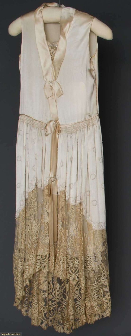 auction-vintage-dress