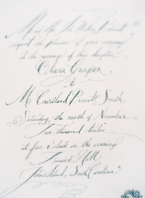 calligraphy-linen-wedding-inviations