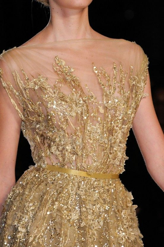 elie-saab-fall-2012-couture