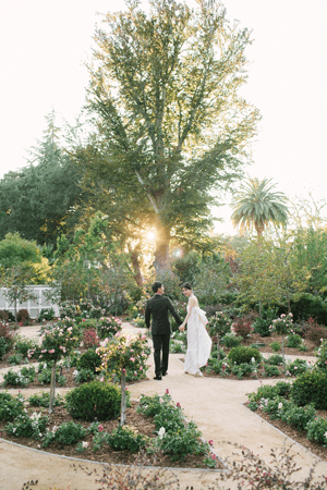 garden-rustic-wedding-ideas
