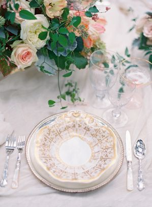 gold-and-peach-wedding-ideas