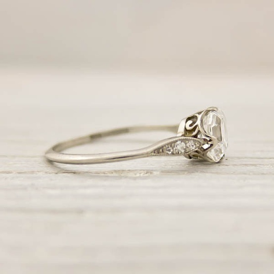 gorgeous-vintage-ring