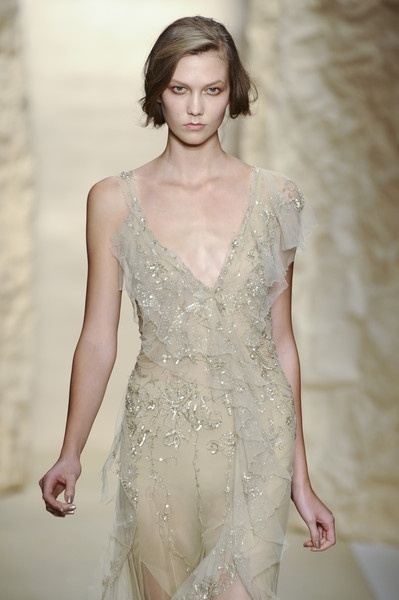 lace-etheral-wedding-dress