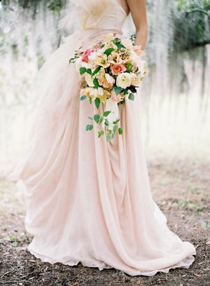 peach-pink-wedding-bouquet