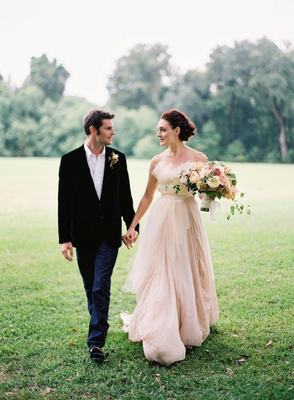peach-wedding-ideas-outdoor-wedding