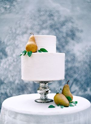 pear-wedding-cake