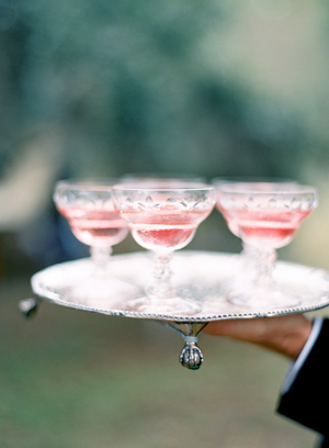 pink-champagne-glasses-wedding-cocktails