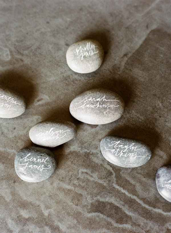 rock-place-cards