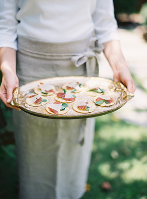 rustic-wedding-pizza